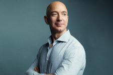 Джефф Безос знову продав акції Amazon: названо суму