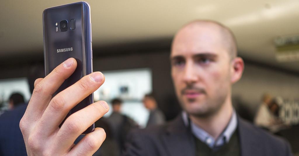 смартфоны со сканером лица