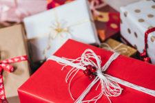 Где покупать новогодние подарки: ТОП маркетплейсов Украины