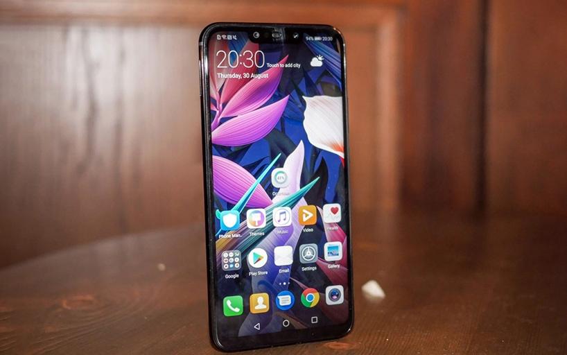 смартфон Huawei с NFC