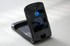 Легенда возвращается: Motorola снова выпустит популярную модель RAZR V3