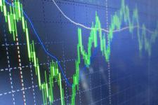 Более 6 млн американцев остались без работы: как реагирует фондовый рынок