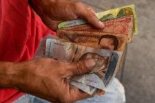 Новый антирекорд: инфляция в Венесуэле составила 1700000%