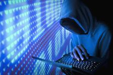 В Украине задержали двух хакеров, укравших сотни тысяч гривен