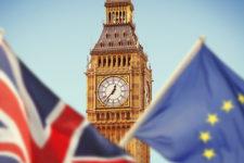 Великобритания договорилась с Еврокомиссией о выходе из ЕС