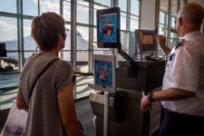 Все аэропорты США оснастят системами распознавания лиц