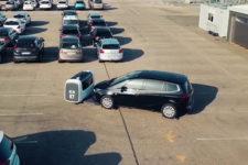 Во Франции изобрели робота, который паркует авто (видео)