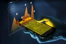 Смартфоны заставят пользоваться финуслугами более полмиллиарда человек