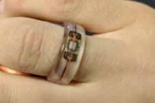 Американец представил самодельное кольцо для бесконтактных платежей