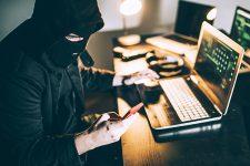 В Киевской области разоблачили хакера, который атаковал криптокошельки украинцев