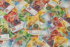 Яркие и стильные: ТОП-10 самых красивых банкнот мира