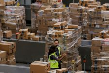 Новая жизнь закрытых ТРЦ: как Amazon планирует использовать обанкротившиеся универсамы