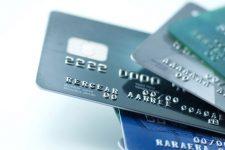 В Украине выросло количество операций с картами — UPC