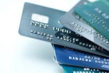 Платежи в интернете и бесконтакт: как украинцы пользуются банковскими картами в 2020 году