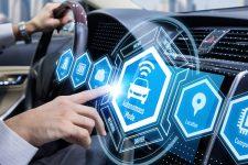 Платежные сервисы в авто: как технологии облегчат жизнь водителя