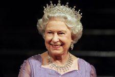 Письмо от королевы: в новой схеме кражи криптовалют использовали авторитет британского монарха