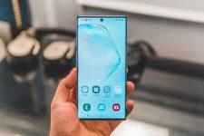 Samsung выпустил новый смартфон с поддержкой блокчейна — фото