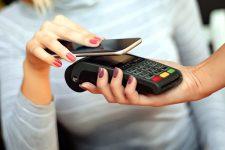 Украинцы хотят платить смартфонами — UPC