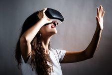 Мировые расходы на VR-гаджеты вырастут в 4 раза всего через 10 лет