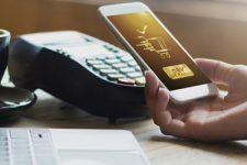 В НБУ рассказали, сколько платежных карт в кошельках украинцев
