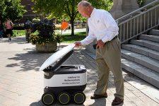 Роботы будут доставлять еду в одном из университетов США