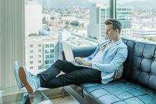 Минцифры вводит новую форму трудоустройства gig-работник: что изменится