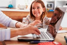 Как научить ребенка основам финансовой грамотности