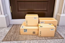 Как покупать в иностранных интернет-магазинах: обзор предложений украинских служб доставки