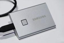 Samsung выпустит ВЗУ-накопитель со сканером отпечатков пальцев