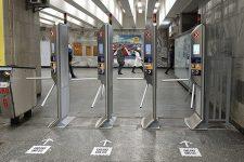 Бесконтакт повсюду: в метро Киева проведут масштабное обновление турникетов