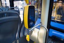 В трамваях Одессы запустили безналичную оплату проезда