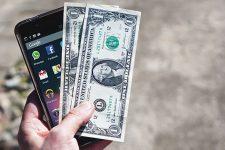 Самые невыгодные: ТОП смартфонов, которые быстро теряют стоимость