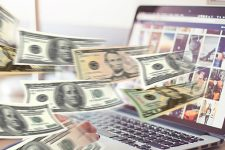 НБУ обратился к украинцам: как покупать валюту во время эпидемии и что происходит с наличкой