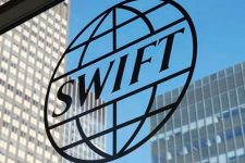 Европарламент призывает ЕС отключить Россию от SWIFT