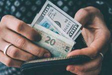 ВОЗ призвал отказаться от банкнот и перейти на бесконтактные платежи