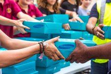 Samsung раздает смартфоны бесплатно: кто может рассчитывать на подарки