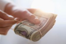 Нацбанк озвучил сумму выплат по госдолгу в 2021 году