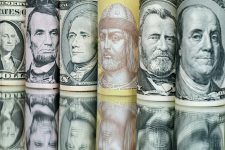Министр финансов рассказал, будет ли дефолт в Украине: страна заходит в экономический кризис