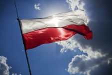 Одна из стран Европы возобновила выдачу рабочих виз украинцам