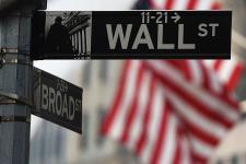 «Умные деньги»: почему инвесторы забирают крупные суммы с фондового рынка