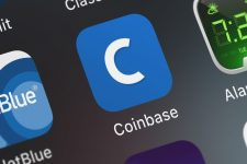 Криптовалютная биржа Coinbase станет публичной компанией – Reuters