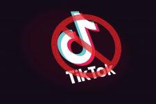 TikTok и другие: Индия заблокировала более 50 приложений из-за конфликта с Китаем