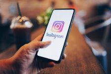 Facebook обвиняют в шпионаже за пользователями Instagram через камеру смартфона