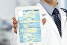 Минцифры запускает электронные больничные: что изменится