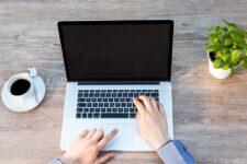 Як перевірити свій страховий стаж онлайн: корисний лайфхак