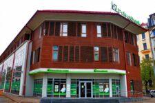 Крупнейший банк Украины заблокирован от управления латвийской «дочкой» — СМИ