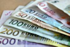ЄЦБ може позбавити фінансування дві країни Євросоюзу