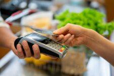 Дешевые безналичные платежи или крах cashless: к чему приведет снижение interchange