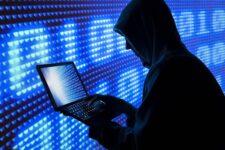 Киберполиция напомнила, как не стать жертвой аферистов в сети