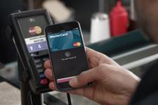 Электронные кошельки вместо налички: украинцы все больше отдают предпочтение цифровым платежам